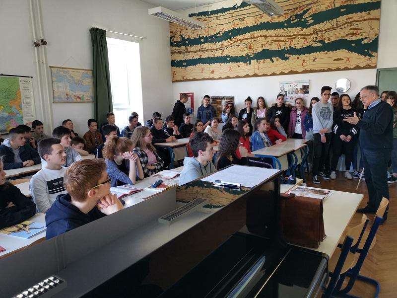 Učenici OŠ Ivan Lovrić u posjetu Gimnaziji